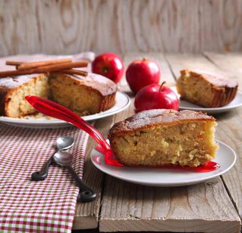 Applesauce Pound Cake Raisins