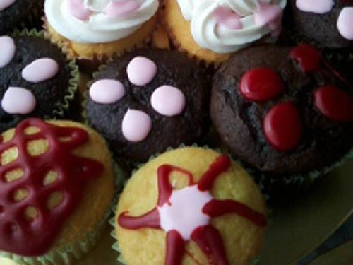 Vintage Cupcake Decorating Ideas