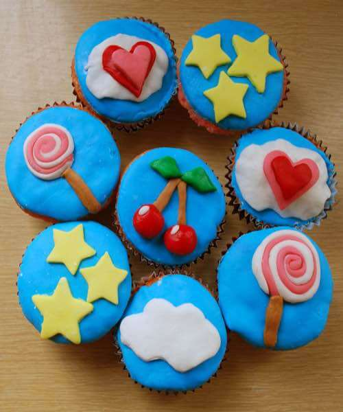 Fondant Decorated Cupcakes