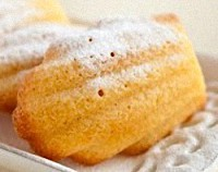 Traditional Shell-Shaped French Madeleine Cookie