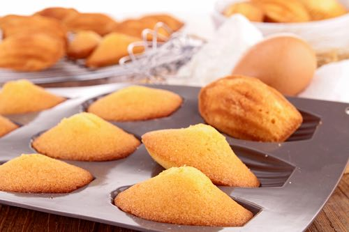 Traditional French Madeleine Cookies