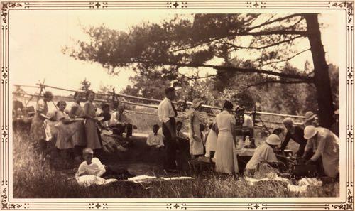 Herbert McIlmoyle Family Roadside Picnic, circa 1920s