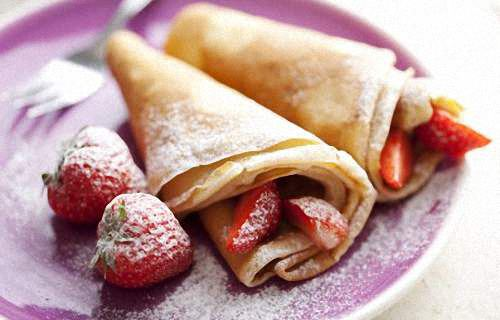 Traditional French Crepes with Strawberries
