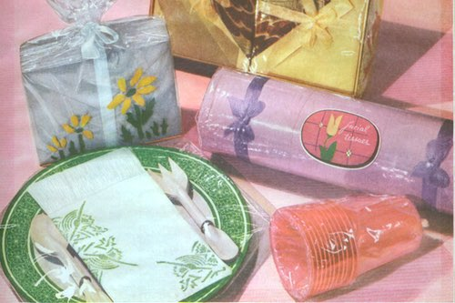 Vintage Picnic Tableware with Paper Napkins, Plates, and Cups
