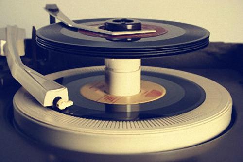 Classic 45 RPM Record Player