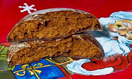 German Lebkuchen Cakes For Celebrating Christmas