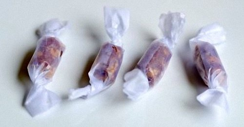 Pull Taffy Candy Pieces