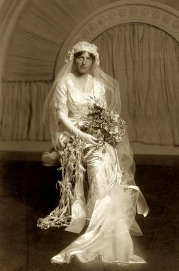 Jessie Woodrow Wilson Sayre In Her Wedding Dress 1913