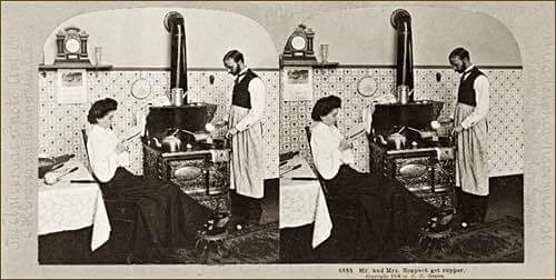 Stereoscopic Photo of Old Fashioned Kitchen in 1903