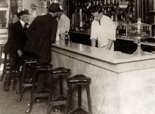 Old Time Soda Jerk Dispensing Simple Syrup