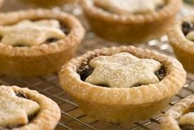 Mincemeat Tarts Decorated with a Bethlehem Star